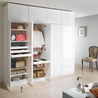 トレー収納で小物も整理 ドレスアップ薄型壁面ワードローブ トレー&棚収納