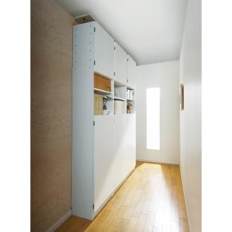 突っ張り薄型壁面ライブラリーシリーズ ストッカー 幅60cm