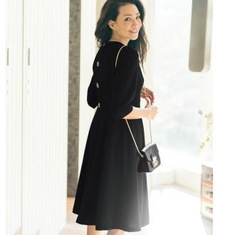 MEEKAT/ミーキャット 後ろボタンデザイン ブラックドレス