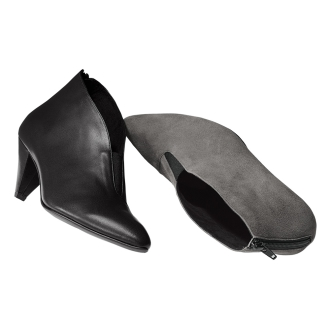 Front Gore leather booties