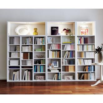 LED付きコレクション本棚 本体・幅60cm奥行29cm高さ180cm