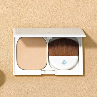 Only mineral series medicated whitening mineral clear UV foundation 10g (with case-mini brush) set with a private brush