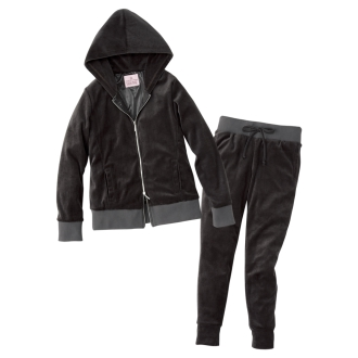 Model style clothes turn Blore sauna suit