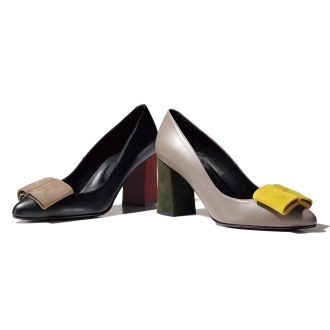 Material combination ribbon motif Pumps