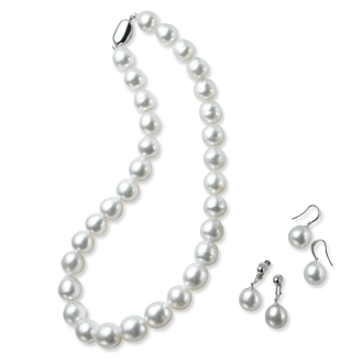 White butterfly baroque Pearl 2 Piece Set (Necklace + Earrings)