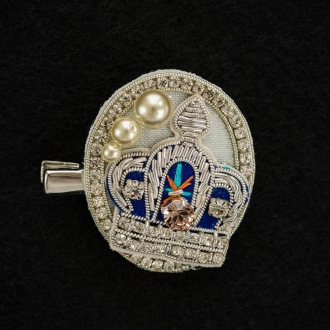 珠刺繡胸針皇冠