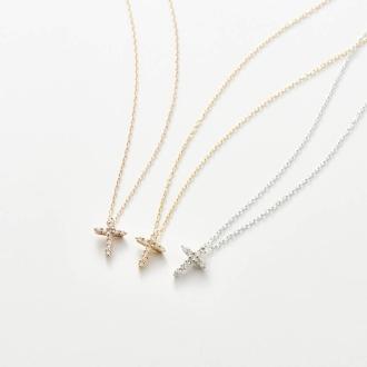 K18 diamond design pendant cross