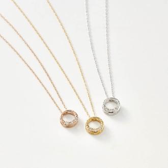 K18 diamond design pendant Circle