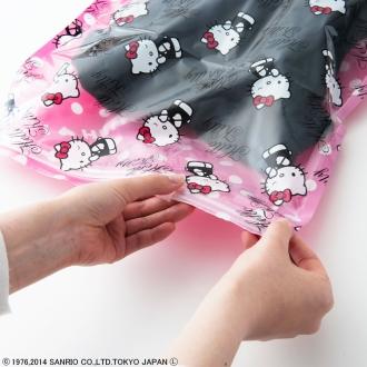 ハローキティ 衣類圧縮袋 Mサイズ4枚セット(手で簡単に圧縮可能)[Hello Kitty]