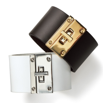 Wide leather Bangle with chain