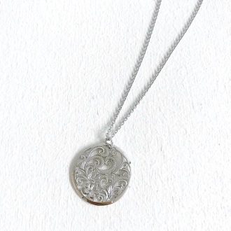 HEIRLOOM / Heirloom SV round filigree pendant